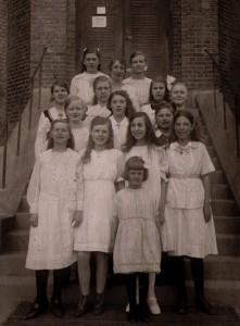 Skolkökselever - Stella tredje raden längst till vänster